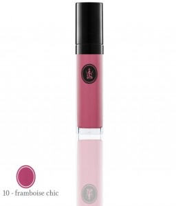 Glossy oil for lips